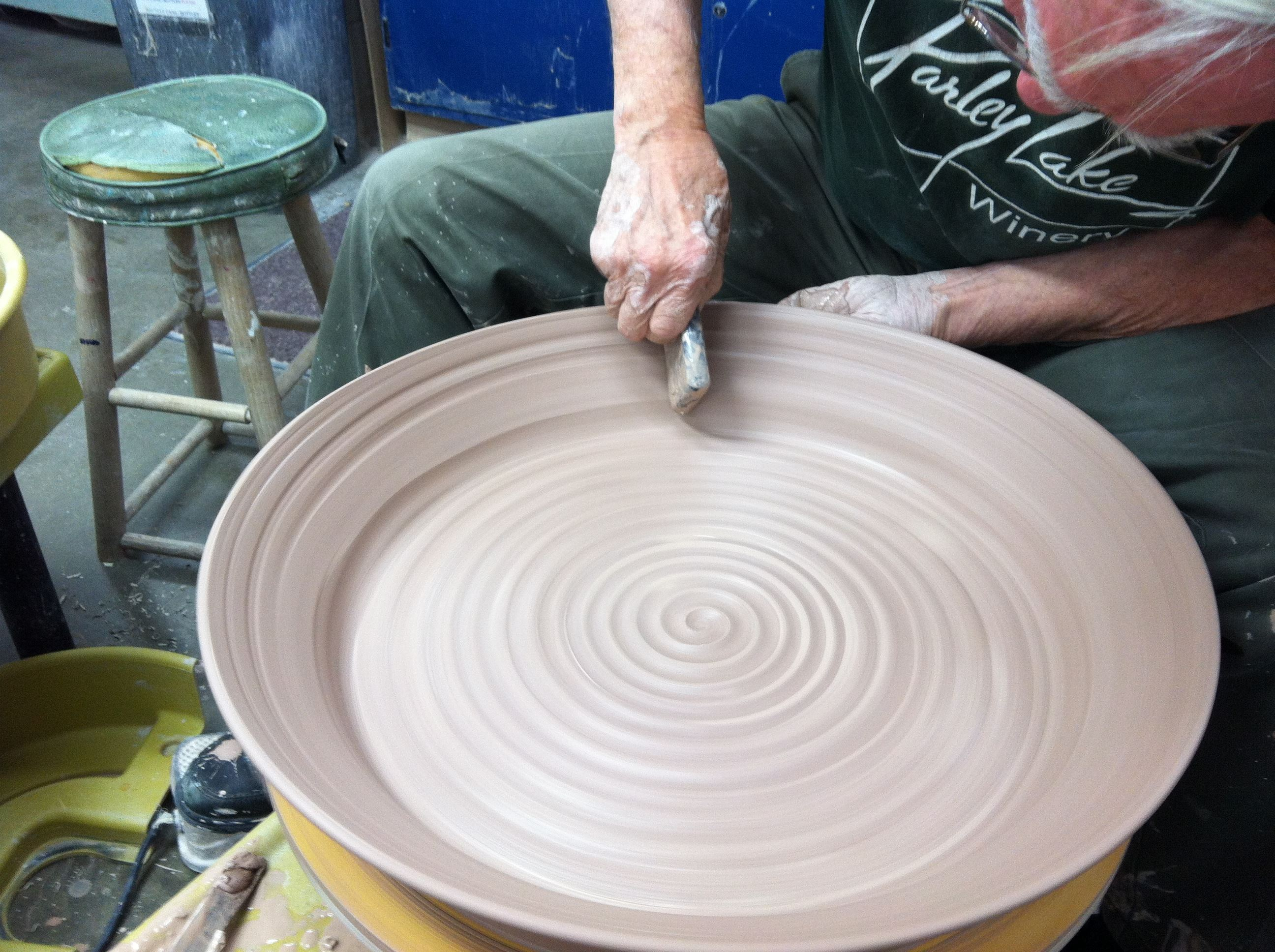 brad benn throwing ceramic platter